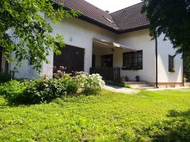 Huis Keszthely - 12 personen - Vakantiewoning