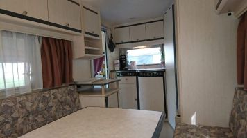 Caravan in De panne for   4 •   private parking