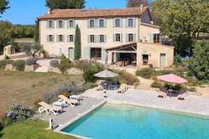 Gite Draguignan - 20 personnes - location vacances