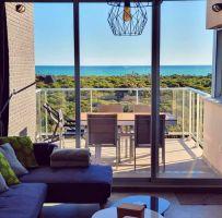 Apartamento en Guardamar del segura para  5 •   vista al mar