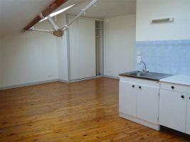 Studio à  pour  1 •   1 chambre