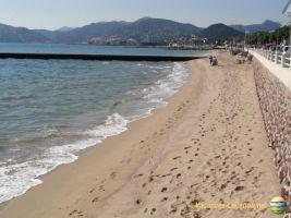 Cannes -    vista al mar