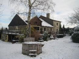 Huis Gouvy - 21 personen - Vakantiewoning  no 18995