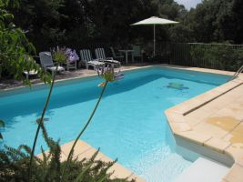 Gite in Galargues for   4 •   with shared pool   #19067