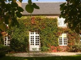 Gite à Saint-coulomb pour  12 •   jardin