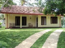 Maison à Hikkaduwa pour  6 •   4 chambres   n°19225