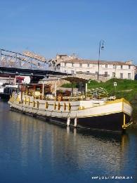 Gite 6 personnes Beaucaire - location vacances  n°19321