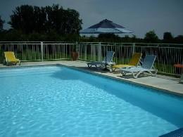 Gite in Vallée de la lupte für  6 •   mit Schwimmbad auf Komplex