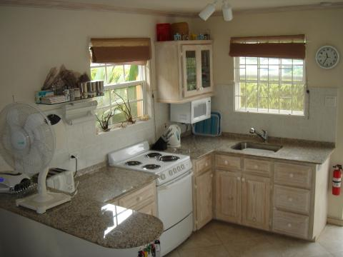 House in Fitts Village - Vacation, holiday rental ad # 20103 Picture #3