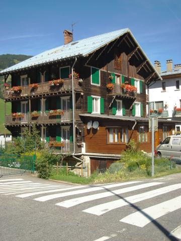 Flat in Arêches Beaufort - Vacation, holiday rental ad # 20208 Picture #0
