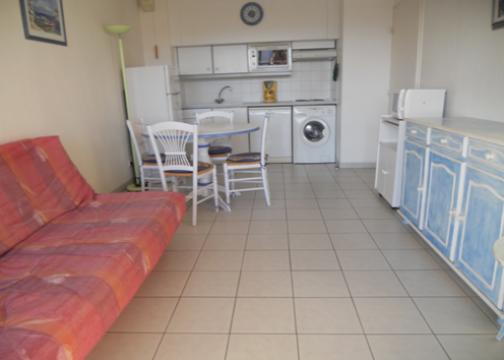 appartement fr jus louer pour 4 personnes location n 20266. Black Bedroom Furniture Sets. Home Design Ideas