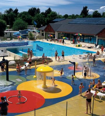 Mobil home pont aven louer pour 8 personnes location for Aspirateur piscine oasis