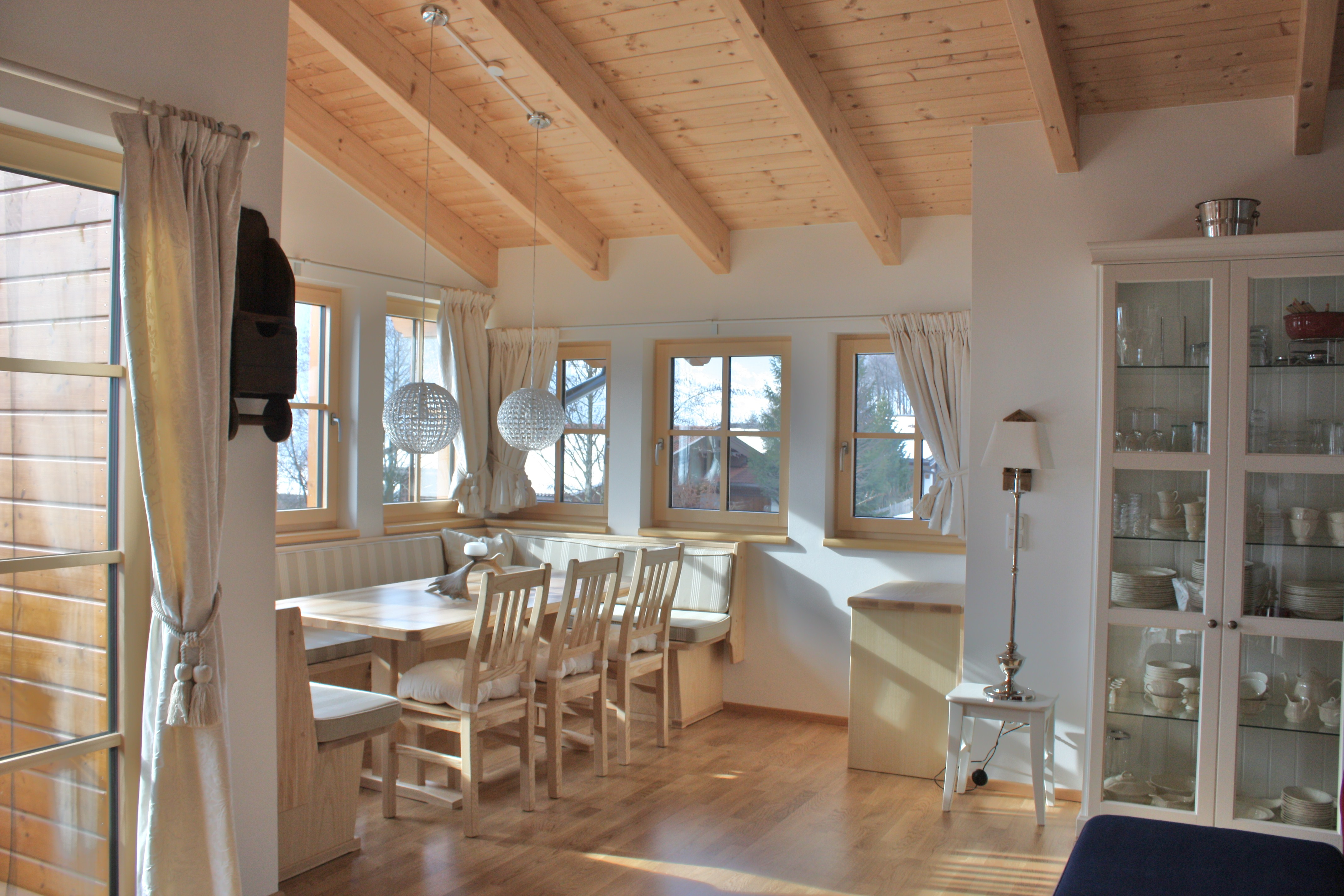 Chalet in Nabij kaprun/zell am see for   10 •   private parking