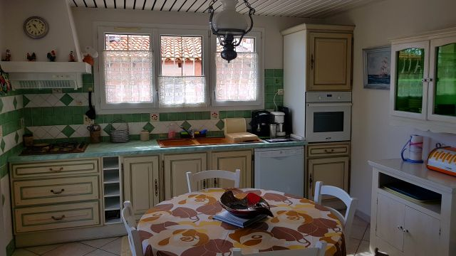 Flat in LA FARLEDE - Vacation, holiday rental ad # 20881 Picture #6