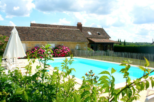 House in Villamblard for   10 •   with private pool