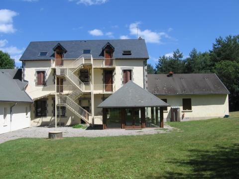 Gite in NEUVIC - Vacation, holiday rental ad # 21386 Picture #1