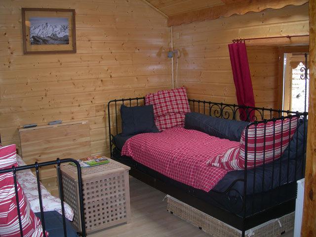 appartement ax les thermes louer pour 7 personnes location n 21712. Black Bedroom Furniture Sets. Home Design Ideas