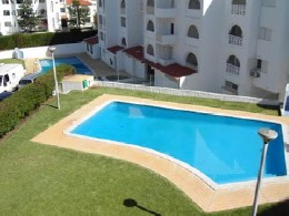 House in Albufeira for   5 •   with shared pool