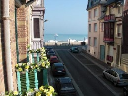 Flat in Mers les bains for   6 •   with shared pool